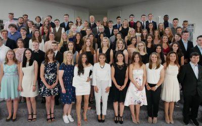 78 Absolventen mit dem Abitur entlassen